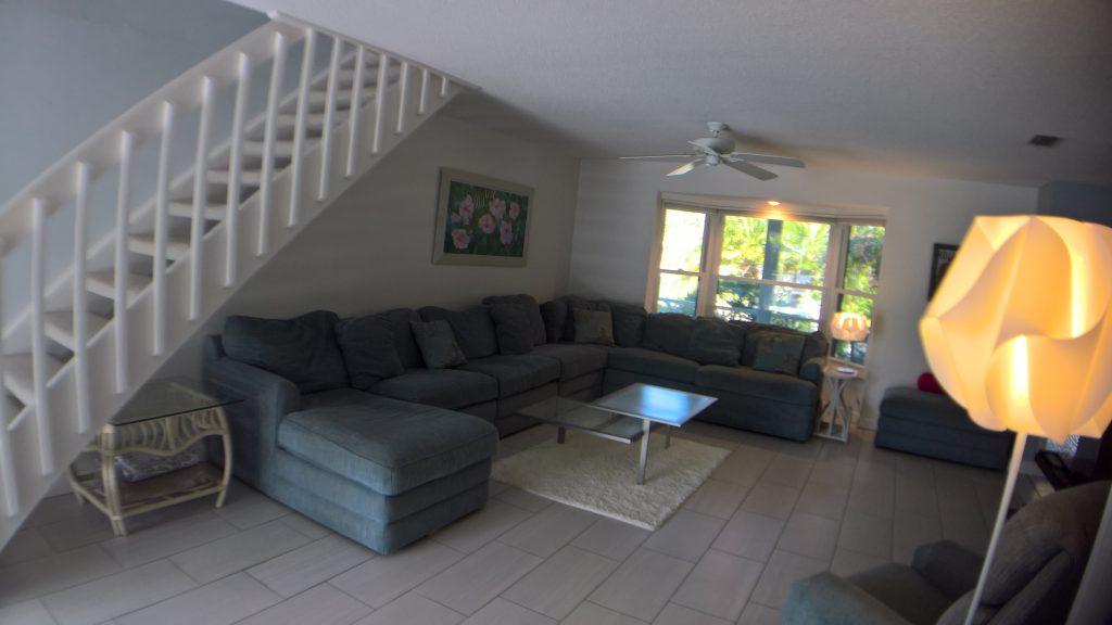 Villa-Colleen-Sarasota-LivingRoom5